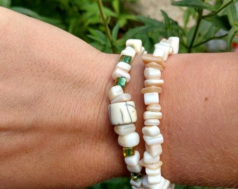 Elastic bracelet, stretchy bracelet, stone beads, Bone pendant, light and lifting.