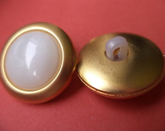 22 mm (1760) knob white 9 buttons gold