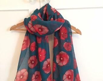 Green poppy scarf