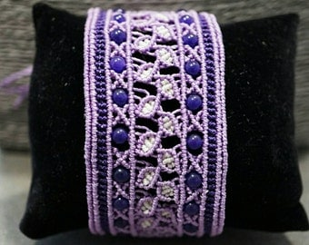 Cuff Bracelet woven in micro-macrame and agate beads