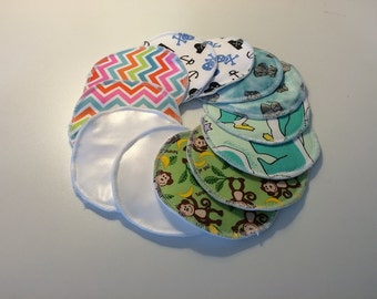 10 breastfeeding Pads