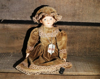 "Vintage Wupper German Hand painted Porcelain 11"" doll"