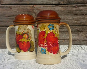 Vintage Ceramic Salt & Pepper Shakers Oneta