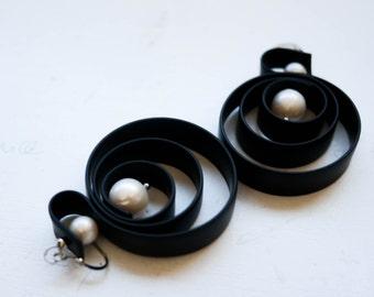 Lagenlook Pearl Earrings jewellery, Designer rubber jewelry, Earrings in handmade. - N027