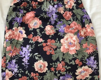 Short Cotton Floral Skirt : Size M / Medium