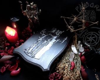 Tarot box, Hecate