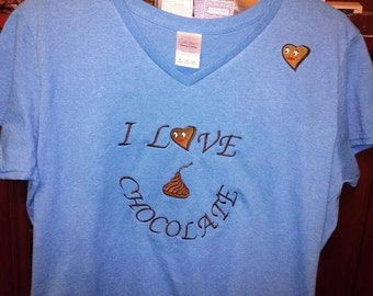 """Ladies v-neck """"I love chocolate"""" embroidery t-shirt"""
