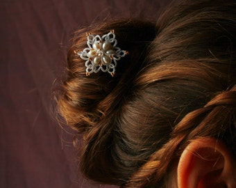 Star hairpin  hairclip bobby pin- freshwater pearls headpiece - custom color - decorative hair pin for bridal and special day