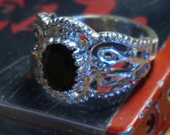 Black onyx antique ring