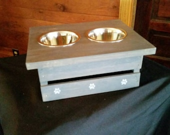 Dog feeder with storage--small