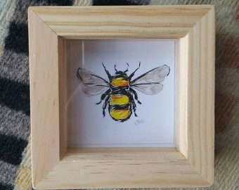 Small framed bee illustration // bumblebee drawing // bee print // bumble bee art // bee art // bee illustration // bumblebee illustration