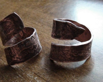 Large Hammered Copper Ring