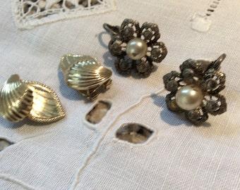 Clip on earrings. 2 pairs