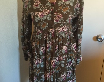 Vintage 90s Long Sleeve Floral Dress with Pockets