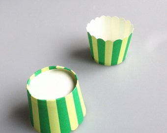 Green Stripes Baking Cups, Cupcake Cups, Treat Cups, Ice Cream Cups, Candy Cups, Favour Cups - BC008