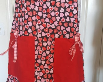 Pillow case style aprons