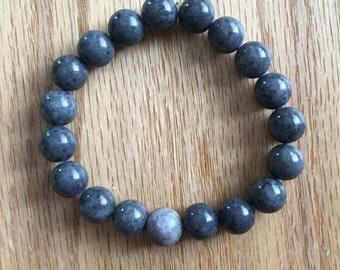 Beaded Gray Bracelet with Lavender Center