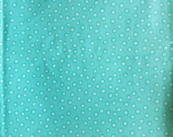 1 Flannel Cotton Fat Quarter Turquoise Polka Dots