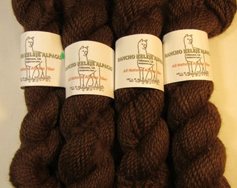 Medium Fine Bulky Alpaca Yarn