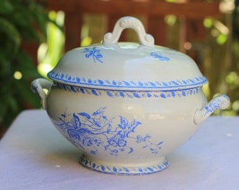 Old blue white soup tureen