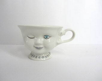 Vintage Coffee Cup, Teacup, Bailey's Irish Cream, Winking Lady Mug, Limited Edition, Signed, Vintage Girl, Blue Eyed Girl, Helen Hunt
