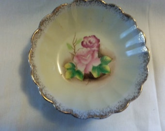 ARCO JAPAN Gold Trim Pink Rose Bowl