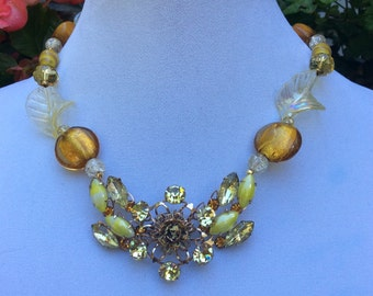 1950's Amber Gem Choker Style Necklace
