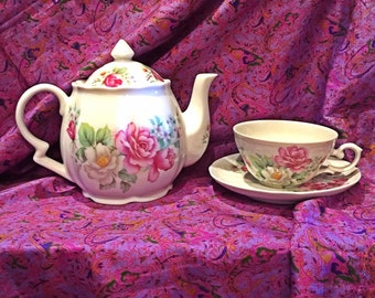 Rose Covered Teapot and Tea Cup - Seltmann Weiden Bavaria