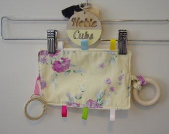 Crinkly Taggie - Yellow Floral