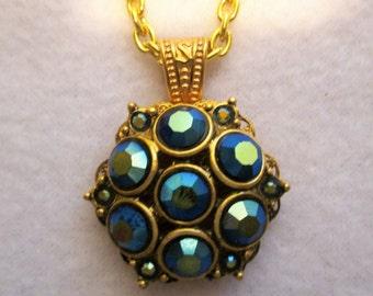 Vintage Green Aurora Borealis  Rhinestone Earring Necklace
