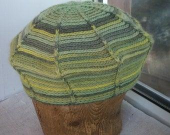 Crochet green stripped beret