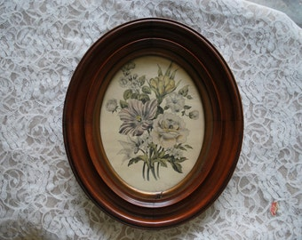 "Antique oval frame, 13x11x1"", walnut,"