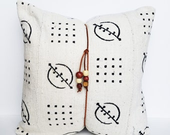 Mudcloth Pillow with insert - African Mali Mud Cloth - Leather Wrapped Pillow - White with Black - Bohemian - Boho chic - Boho Style