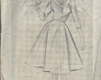 "1950s Vintage Sewing Pattern B36"" DRESS (R110)  Weldons 7597"