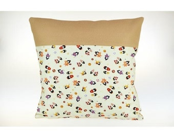 Soft Cushion cover for child in cotton and polar, washable, Japanese doll.