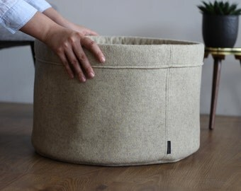Storage basket made of wool felt beige d = 45 cm