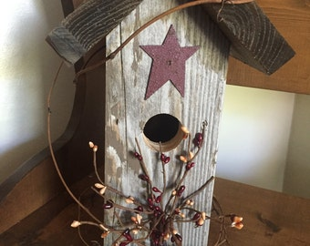 Barn Siding Birdhouse, Primitive Birdhouse, Rustic Birdhouse, Primitive Star Birdhouse, Primitive Barn Siding Birdhouse, Grapevine Birdhouse