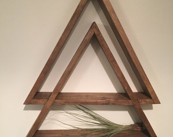 2-LAYER TRIANGLE SHELF