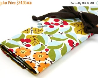 Sale 25% OFF Large Knitting Needle Case - Holly - multi 30 brown pockets for all sizes or paint brushes, colored pencils