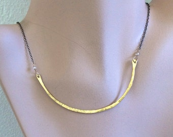 Bronze necklace, minimalist necklace, bronze bar necklace, minimalist necklace, everyday necklace, crescent necklace, Silver Necklace