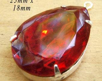 Siam Red Glass Pendant, Pear or Teardrop, Silver Plated Brass Setting, 25mm x 18mm, Rhinestone, Glass Jewel, Cabochon, Glass Gem