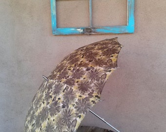 Vintage 1960s Umbrella Parasol with Lucite Handle 2013132