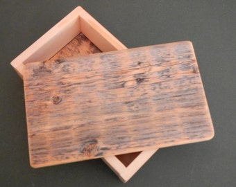 Barnwood RIPPLES BOX handmade from reclaimed weathered wood - rustic refined