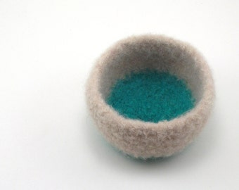 Wool felted bowl - wool ring bowl - small wool bowl - oyster and mint green