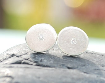 DOT STUDS, earrings.  Handcrafted by artisan Chocolate and Steel.  Small studs, gold vermeil or sterling silver