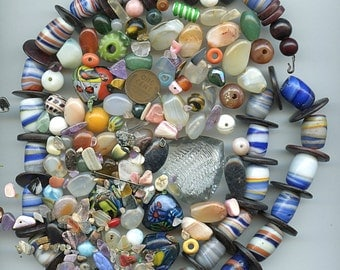 Lot Vintage and Ethnic Beads Destash Glass Gemstone Chips Acrylic Hearts ETC. 1823