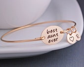 Gift for Aunt, Gold Best Aunt Ever Bracelet, Custom Aunt Jewelry, Gold Bangle Bracelet, Mother's Day Gift for Aunt