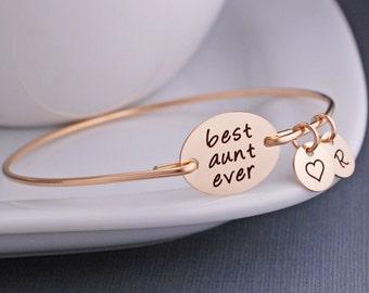 Gift for Aunt, Gold Best Aunt Ever Bracelet, Custom Aunt Jewelry, Gold Bangle Bracelet, Christmas Gift for Aunt