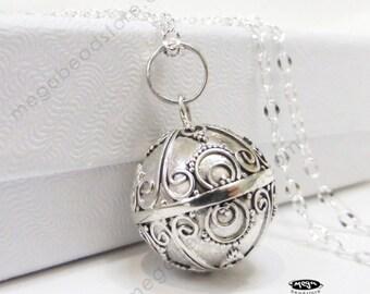Maternity jewelry