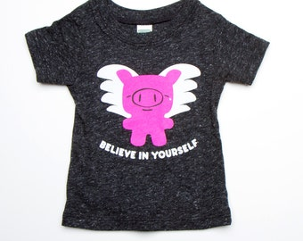 Flying Pig T-Shirt - Charocal Grey Organic Triblend